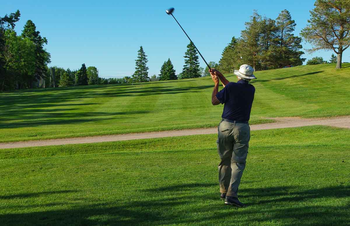Golfer tees off at Sackville Golf & Country Club
